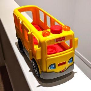 Euc: Little People Fisher-Price school bus